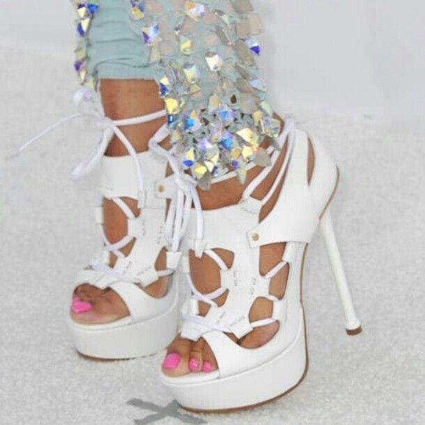 Nicki Minaj Shoes 25+ Best Ideas about N...