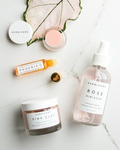 Catharine is coveting the deliciously luxe winter skincare rage from Herbivore Botanicals