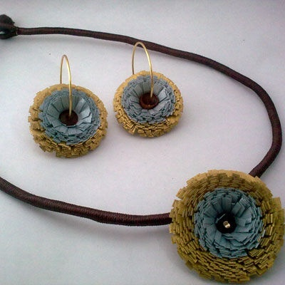 Jewellery made from Quilling. Beautiful!!