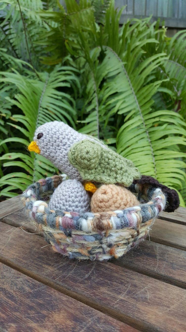 Garden Bird Nesting by Suzie Yule