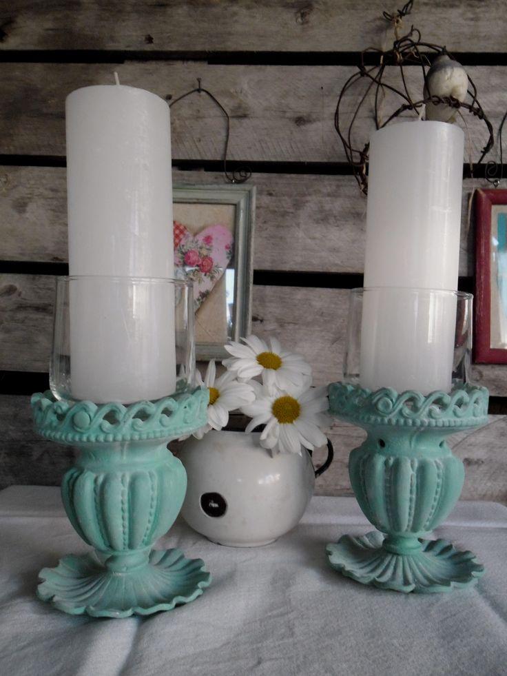 Candelabros de bronce pintados en  aqua. Partes de apliques de luz antiguos + vasitos de vidrio) https://www.facebook.com/nada.sepierde.5