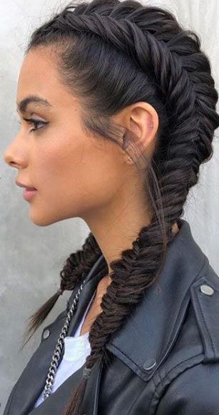 This is a gorgeous braid style Dies ist ein…