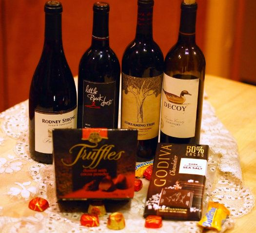 VineSleuth's Wine & Chocolate Pairing - has general pairing guidelines plus specific chocolates and wines!