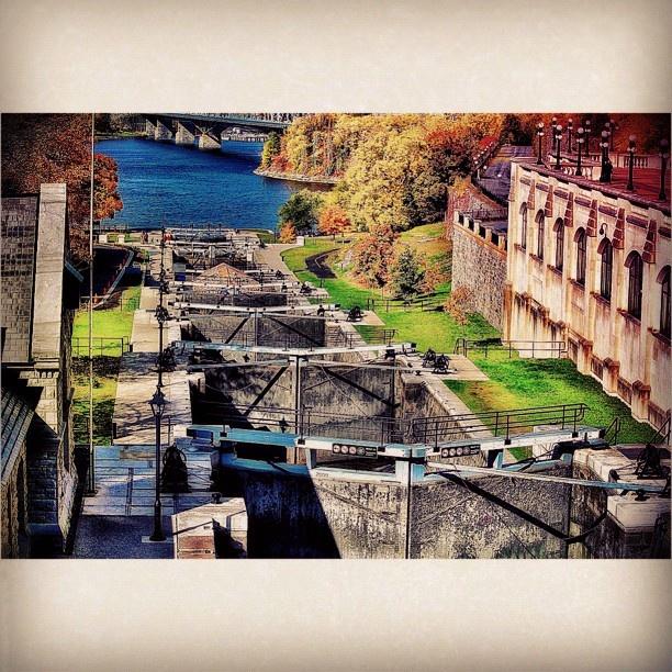 Rideau Canal Locks, Ottawa. For more information on Ottawa visit www.ottawatourism.ca