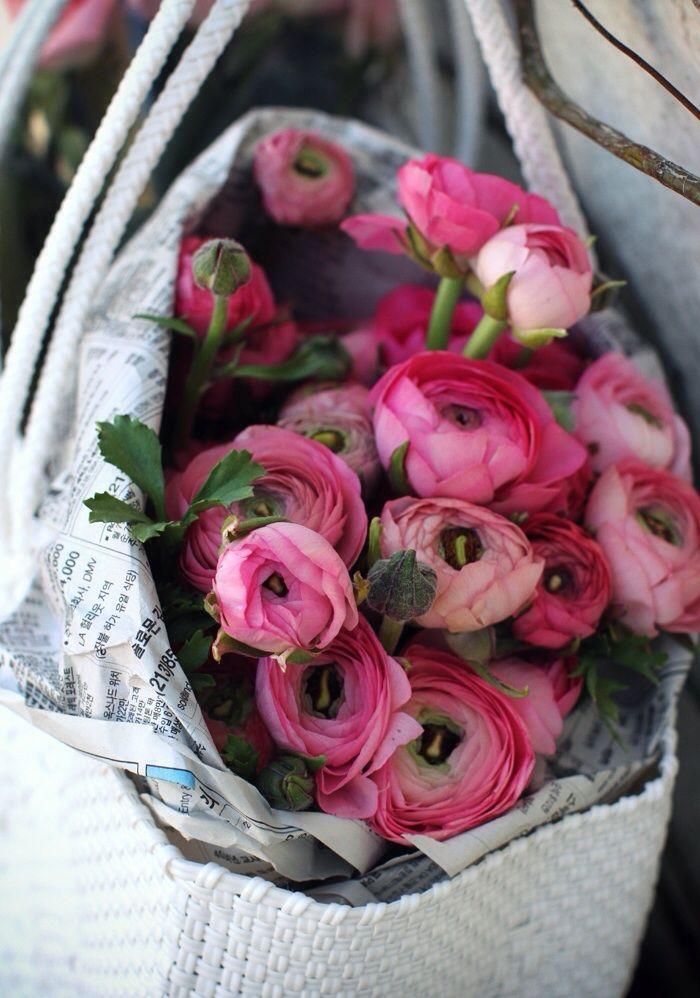 Blumen kaufen. :) naimabarcelona:  Sincerelyjules
