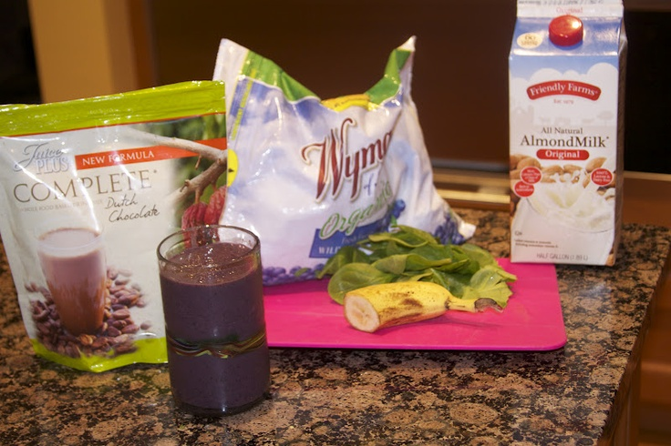 Recipes We Love: Chocolate Blueberry Smoothie. with juice plus complete powder