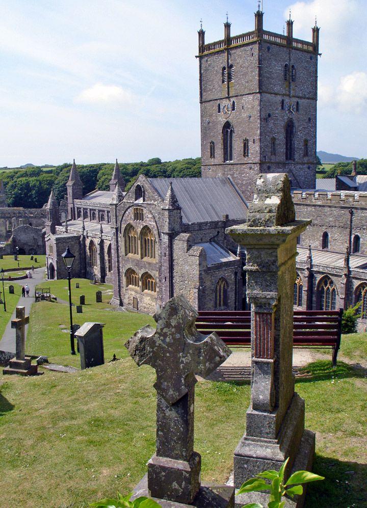 Saint David's Cathedral, Wales - Travel Photos by Galen R Frysinger, Sheboygan, Wisconsin