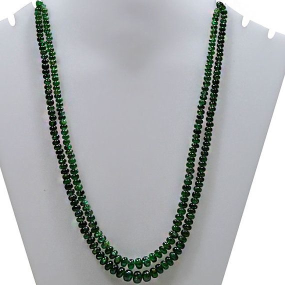 Buy online emerald gemstone beads jewelry and necklace at wholesale price. Huge collection of emerald gemstone beads jewelry and necklace , available on best price with huge discount also.