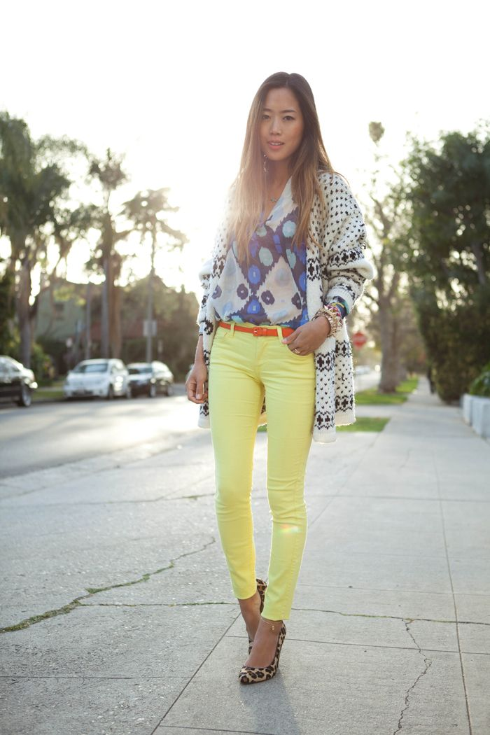 Another awesome & interesting mix of bold colour & prints...dig it.