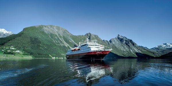 Вдоль побережья Норвегии на Прибрежном экспрессе #Hurtigruten #Norway