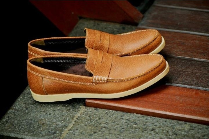New Indonesian footwear label, Brodo.