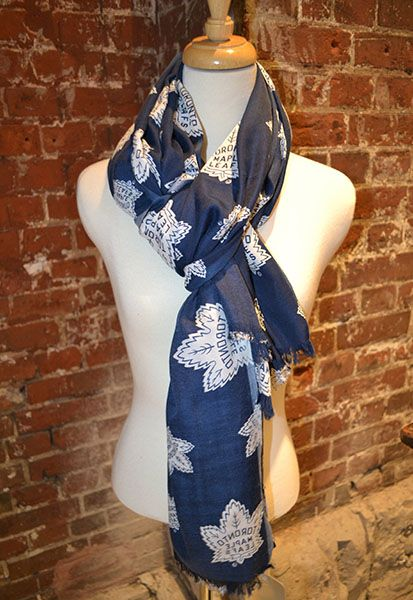 The Most Beautiful and Wearable Toronto Maple Leafs Scarf