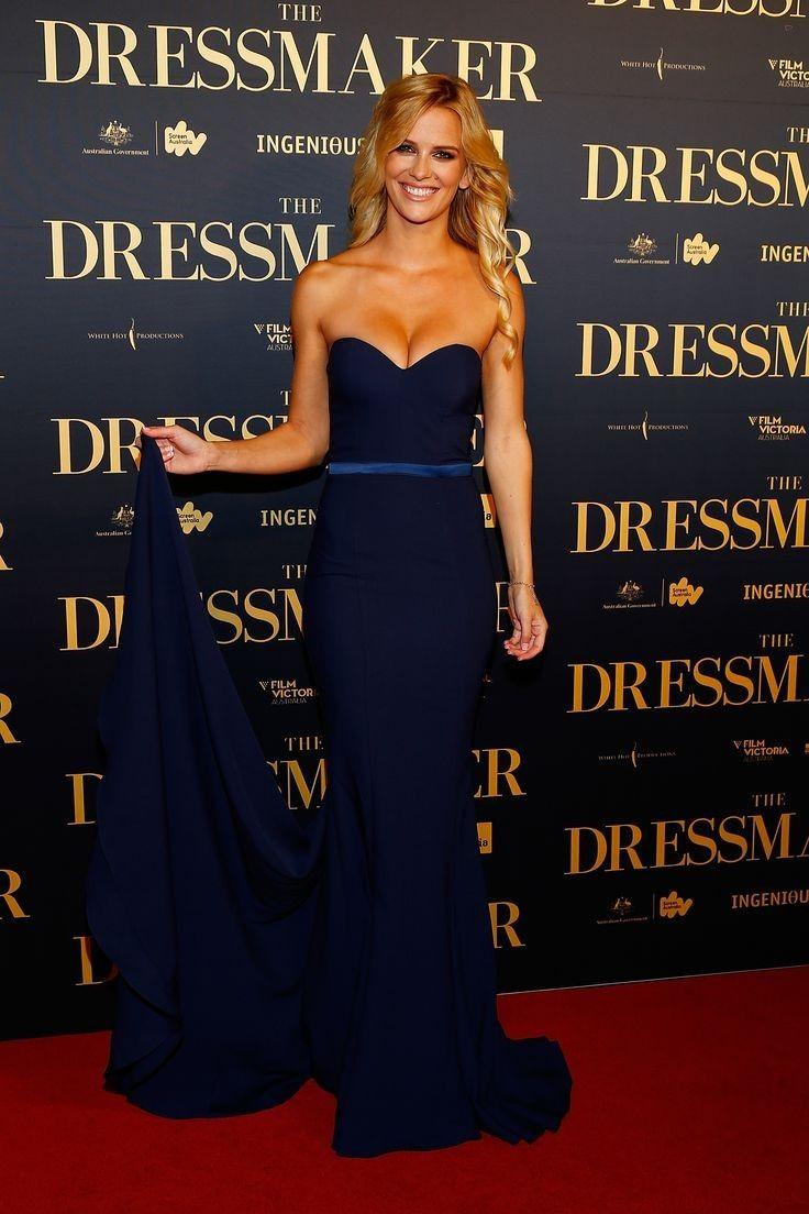 Jade Albany - Celebrity Fashion Trends
