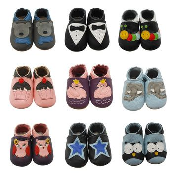 Soft Baby Moccasins //Price: $15.99 & FREE Shipping // #kid #kids #baby #babies #fun #cutebaby #babycare #momideas #babyrecipes  #toddler #kidscare #childcarelife #happychild #happybaby