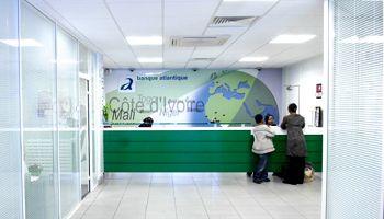 Banque Atlantique Paris Pierre Valcke V2 Créations banques du continent sont confrontées de lourdes procédures et doivent montrer patte blanche pour obtenir l'autorisation d'installer des filiales, notamment en France.