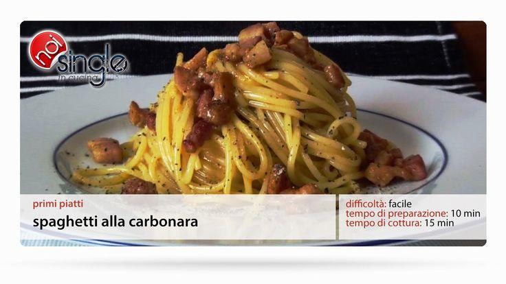 http://www.youtube.com/subscription_center?add_user=NoiSingleInCucina In questa ricetta vediamo quanto è semplice. Aglio e cipolla non fanno parte degli spaghetti alla carbonara!! Difficoltà: semplice Tempo di preparazione: 15 min Tempo di cottura: 12 min Costo: basso #spaghettiallacarbonara #pastaallacarbonara #carbonara #guanciale #primipiatti #noisingleincucina #ricettepersingle #cucinaitaliana #ricettefacili #singleincucina #facile