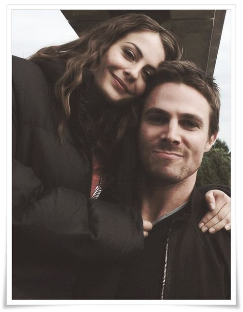 Stephen Amell & Willa Holland