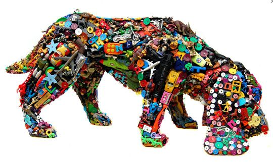 Robert Bradford's recycled dog made from kinder toys and old plastic bits! #recyclart