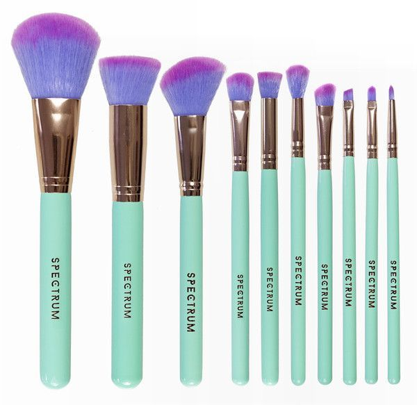 mint green, vegan, cruelty free make-up brushes from Spectrum