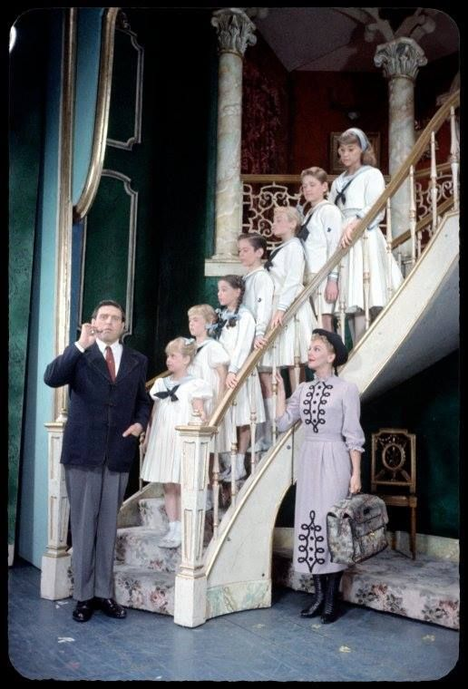 "Mary Martin .Theodore Bikel and children in ""The sound of music"" .1959"