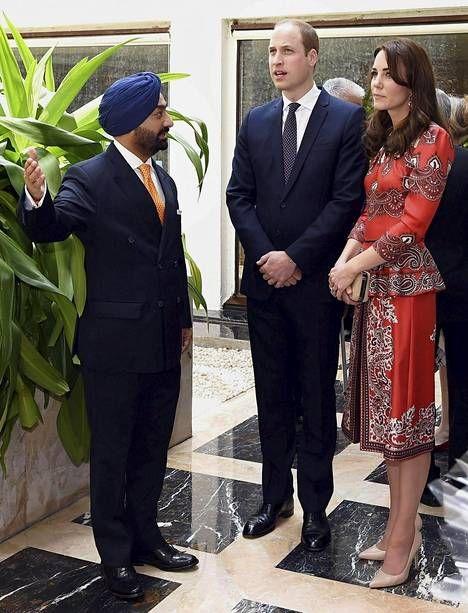 Prinssi William ja herttuatar Catherine ovat vierailulla Intiassa.