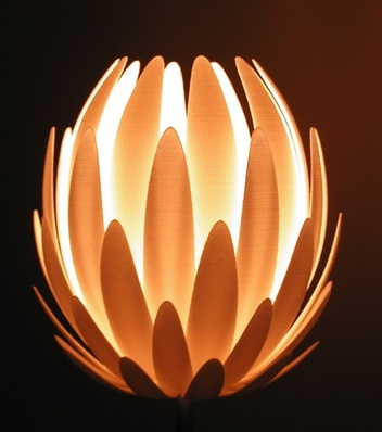 Lily lamp. 3D printed table lamp. Design: Janne Kyttänen. A dimmer switch would make it even better. If you buy one, be sure your children won't play football inside :-)