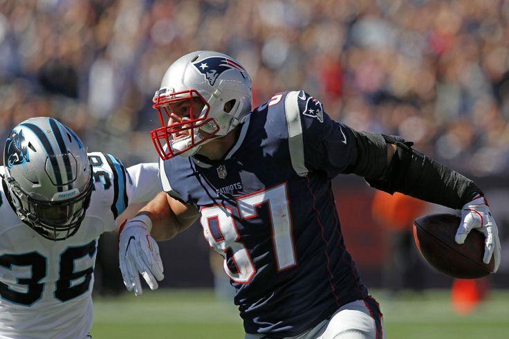 Rob Gronkowski (thigh) among 7 Patriots questionable vs. Buccaneers