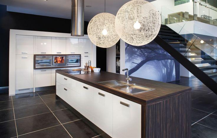 Exclusieve Keuken Met Bijzondere Apparatuur : Deze keuken van Grando ...