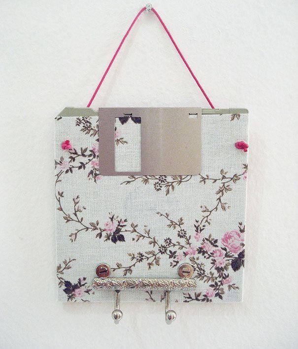 cabide florzinhas disquete porta-chave porta-bijuterias