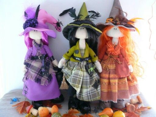 3 cute witch dolls for Halloween