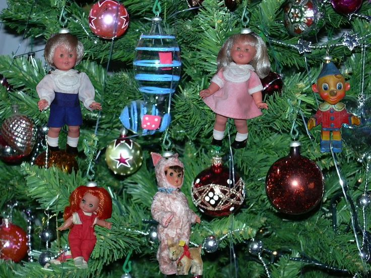 Christmas Tree with Furga dolls + Pinocchio (Canova)