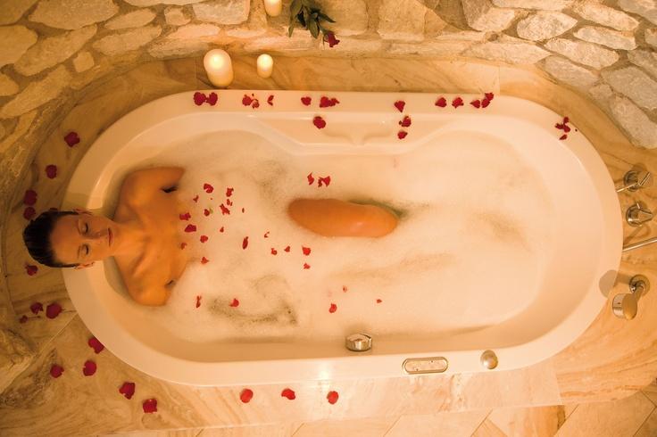 Rose Bath at Excelsior Resort ****S mountain l style l spa l resort a San Vigilio di Marebbe (BZ)
