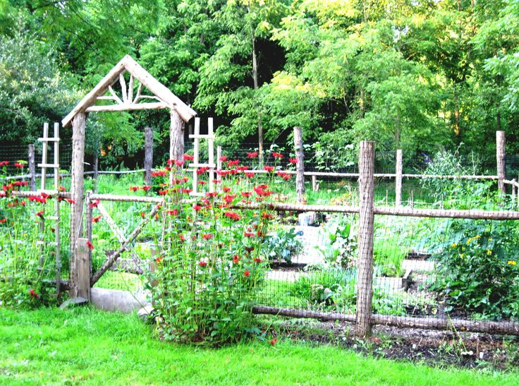 rustic woodland fence photo courtesy of eden design vegetable garden fences raised