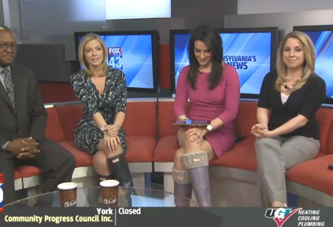 THE APPRECIATION OF BOOTED NEWS WOMEN BLOG : rain boots ...