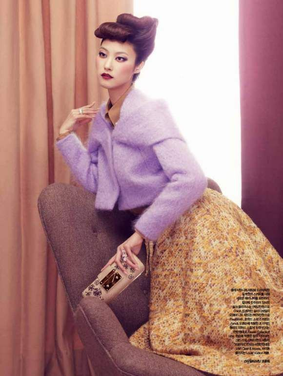 Park-Ji-Hye-Choi-A-Ra-for-Harpers-Bazaar-Korea-December-2010-2: