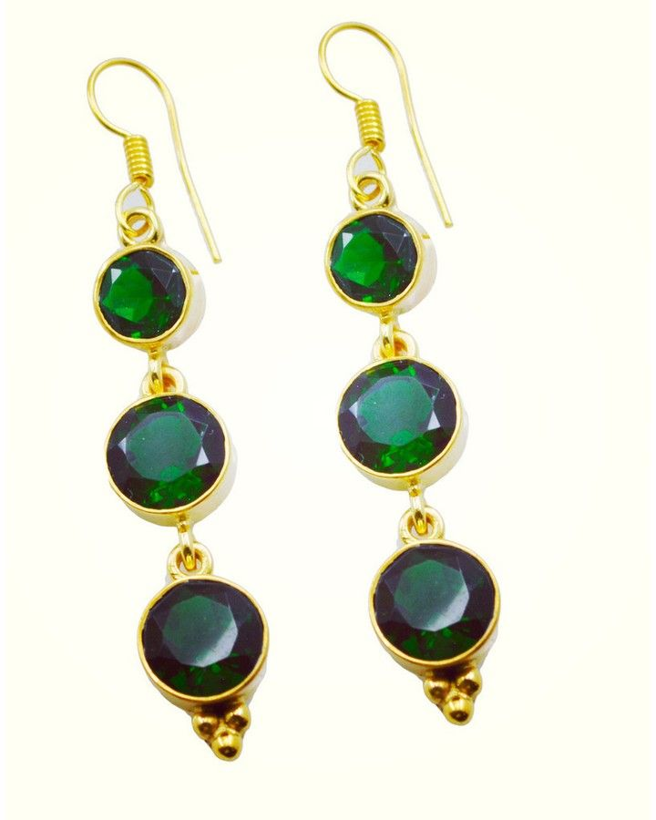 #duckface #neon #instabest #instaday #cubicdiamond #bridesmaidgift #riyo #jewelry #gems #handmade #artificial #earring #emeraldcz #green #beads #jade #picoftheday #svadba #styleboy