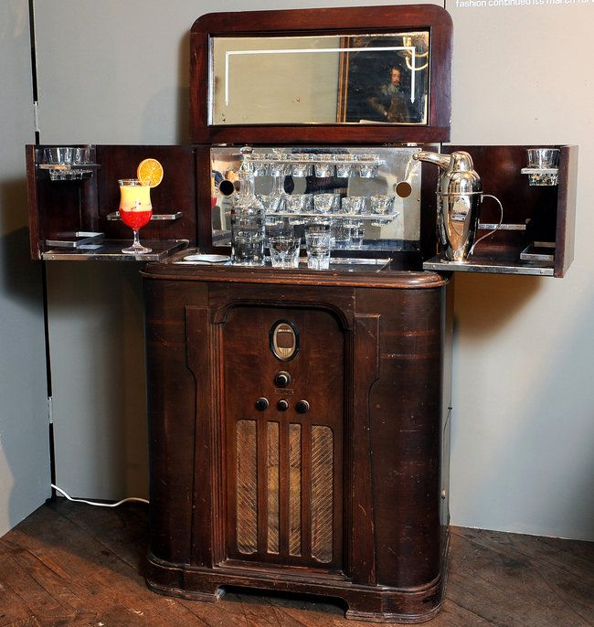 Bar Topped Radio From Cocktail Culture The Glamorous
