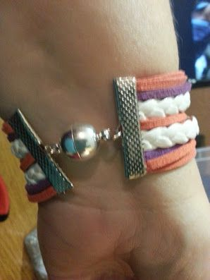 Back Clasp to choose from for handmade infinity bracelets... This is the magnetic clasp add R15 ...Most of our Bracelets are joint with Ribbon clamps with an adjustable chain and Lobster clasp.