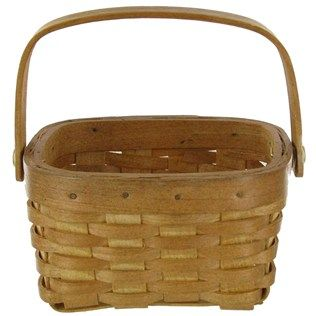 We could put the food in here and everyone gets there own little basket? And have cute wrappers for all the food?