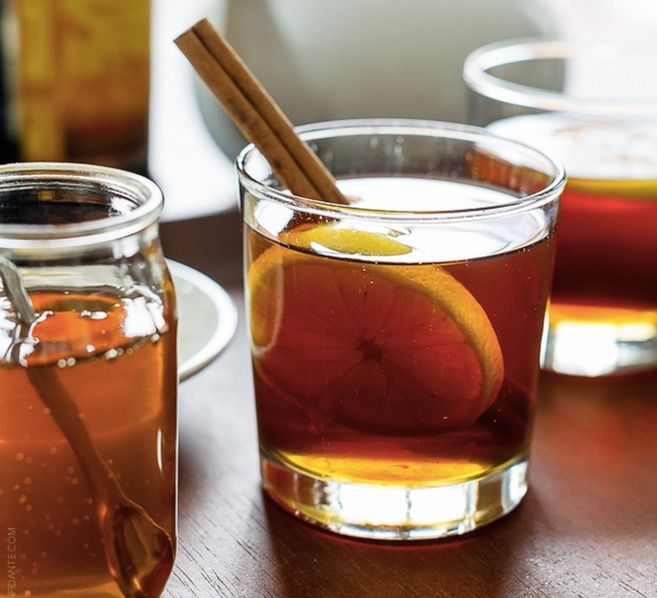 10 Hot Toddy Recipes To Warm You Right Up On A Cold Winter's Night & Make You Forget About The Snow | Bustle