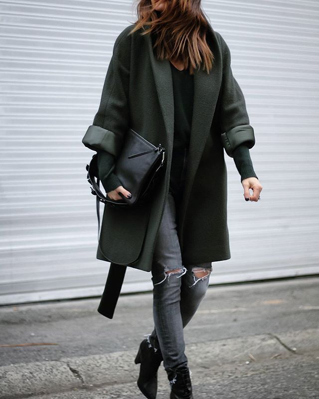 I admit it, I'm a major coataholic. In the winter the coat IS the outfit so wearing the same one or two just isn't an option! Don't you agree??