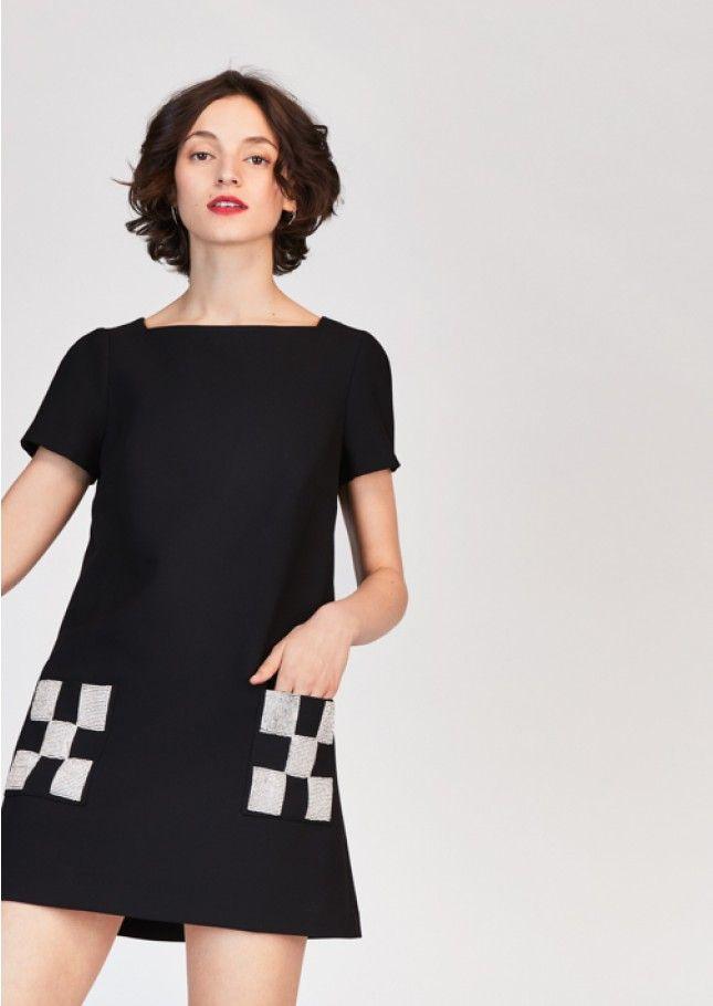 cd3cbfe97d7 Robe noire en toile double à manches courtes