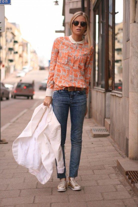 Metálicos: zapatillas doradas.