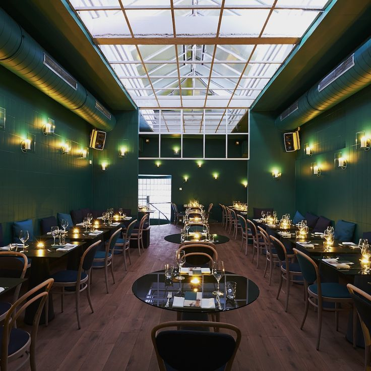 Einrichtung des Restaurant Kismet in der Altstadt von München