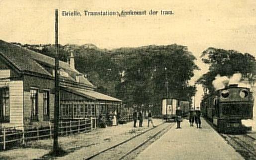 Het oude trammetje op station Brielle