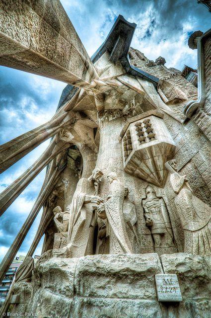 La Sagrada Familia Exterior Sculpture in Barcelona, Spain by briancparks, via Flickr  #MediumMaria