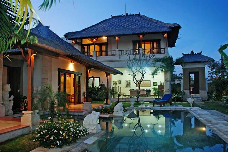 Popular Villa Arjuna 3 bedroom Seminyak house for rent.