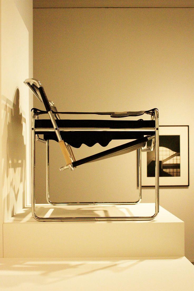 Klare Formen im Design, Funktionalität, kubische Architektur, Stahlrohrmöbel: Mit meiner Liebe zur Architektur kam auch das Interesse für das Bauhaus.