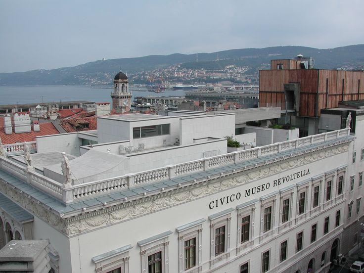La terrazza del Museo Revoltella di Trieste.