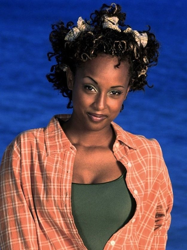 what Angela from Boy Meets World looks like now... WHOA!!!!